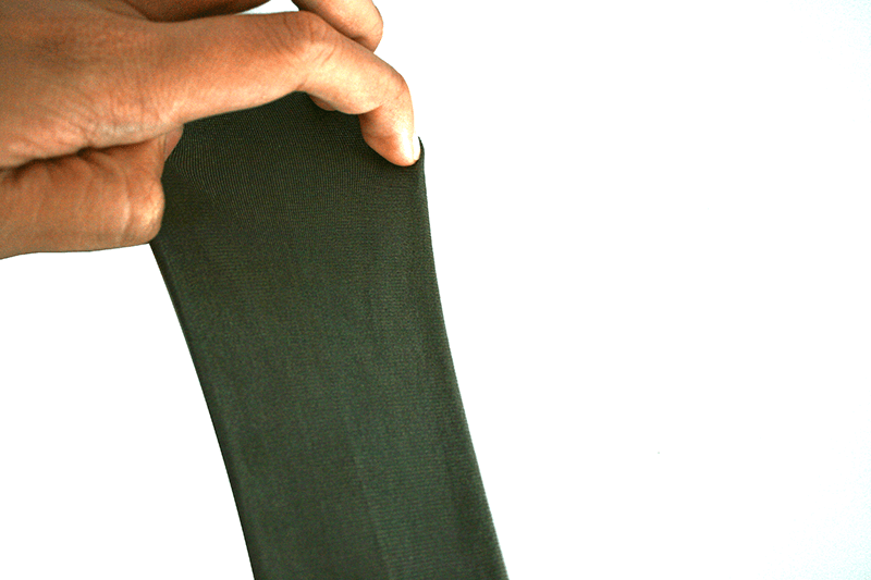 Stretch conductive fabric can be well stretched and remains electrically conductive