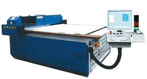 With our automated CNC cutting system, we can cut Amucor foil in large quantities and according to your CAD drawing