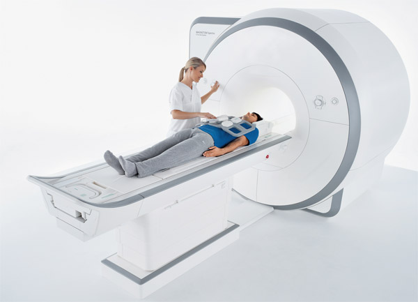 Hoog-energetische elektromagnetische velden zijn onder andere te vinden bij bepaalde ziekenhuisapparatuur zoals een MRI-scanner en dit valt onder de Risicoberoepen