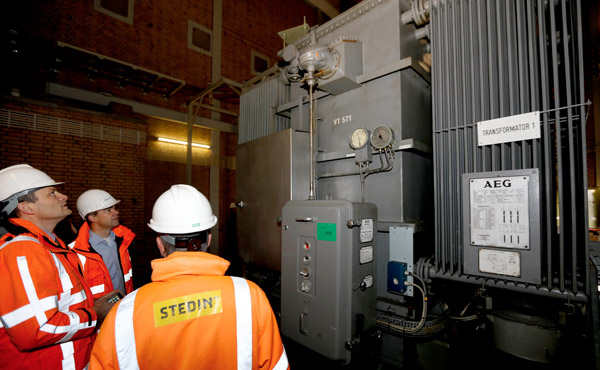 Hoog-energetische elektromagnetische velden zijn onder andere te vinden bij hoogspanningsstations en dit valt onder de Risicoberoepen