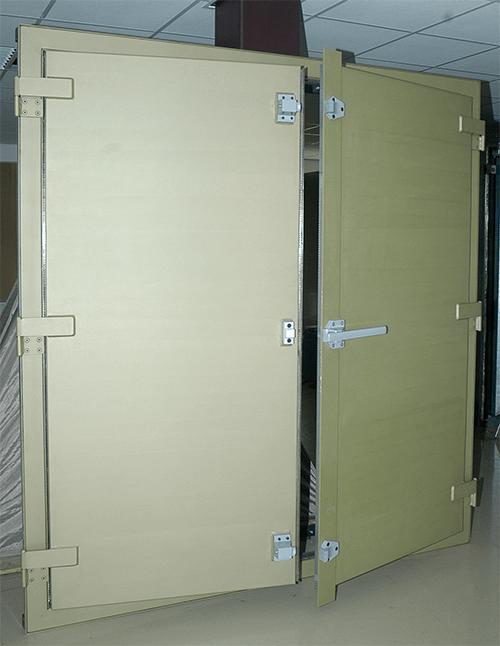 Ultra high performance swing door