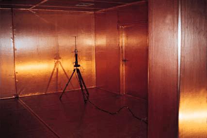 Mu-tembaga Sangkar Faraday, Mu-tembaga dinding sistem meliputi
