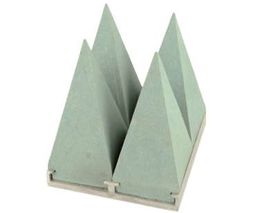 High power SiC pyramid absorber